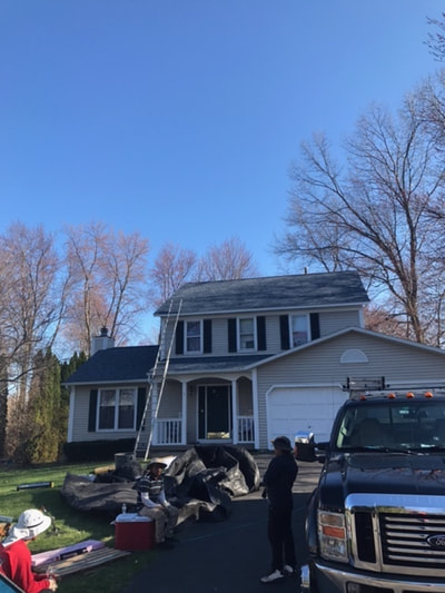 preparing-to-replace-roof-on-home-in-colonie-ny