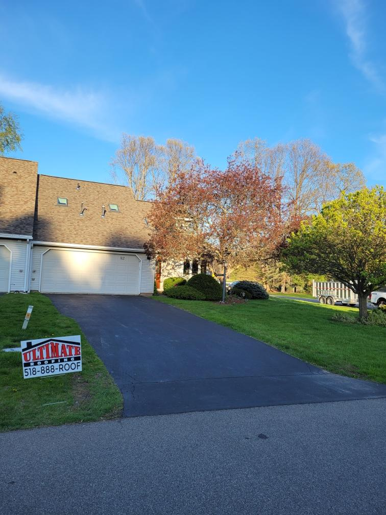 new-roof-installation-in-Clifton-Park-NY-April-2021
